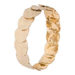 Geel gouden armband bewerkt